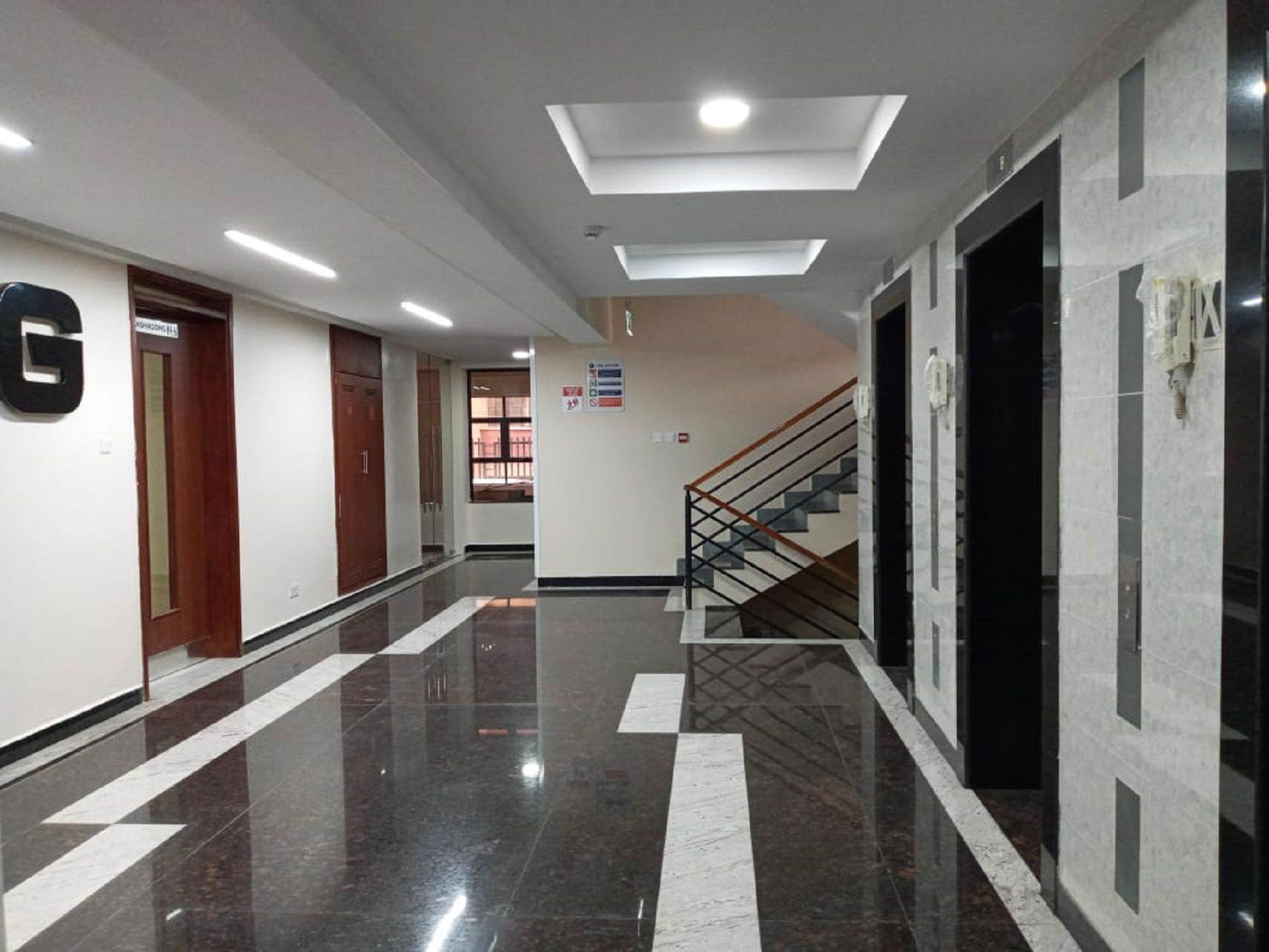 415 m² commercial office to rent in Kilimani (Kenya)