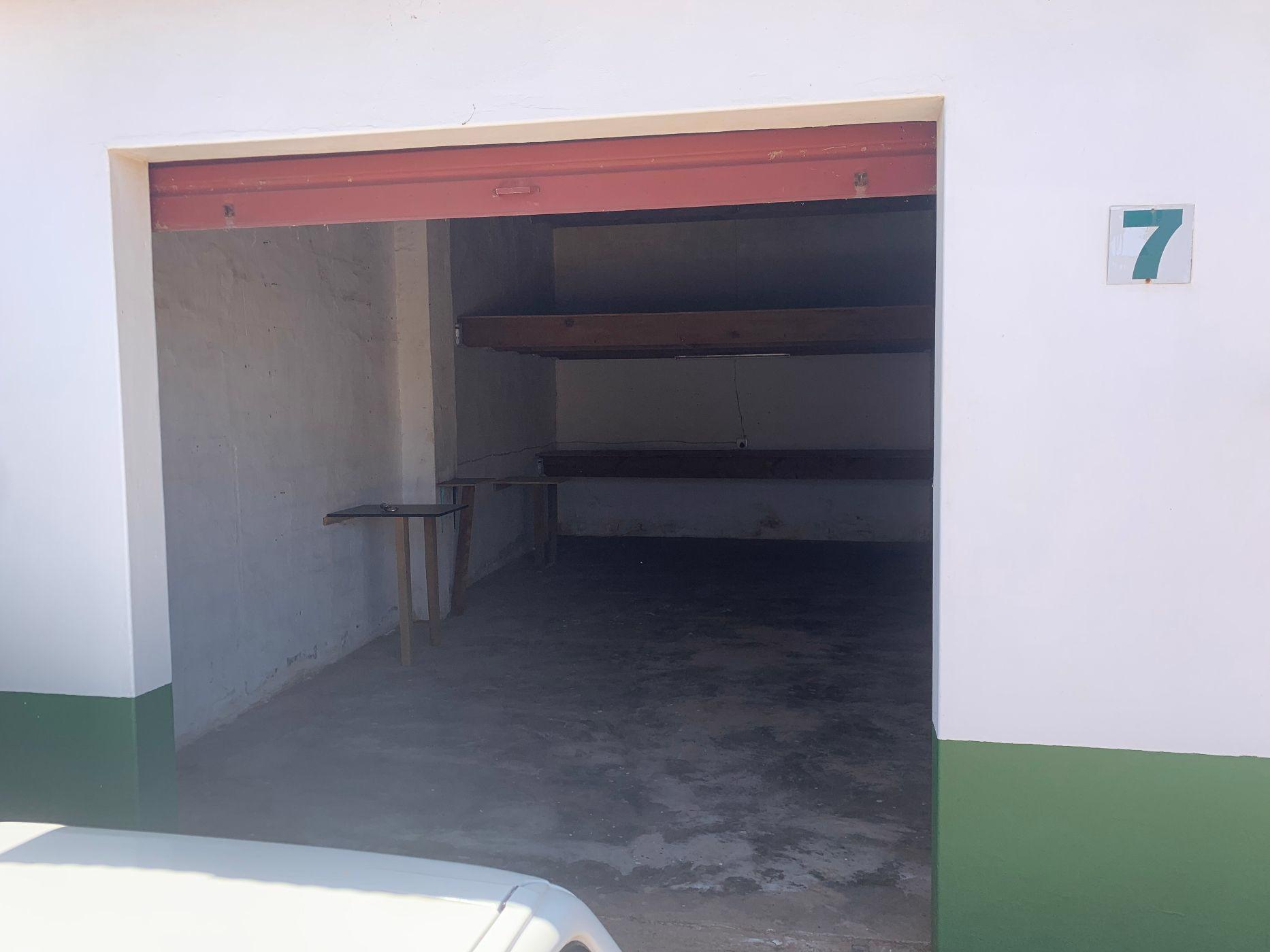 33 m² commercial industrial property for sale in St Francis Bay Industrial