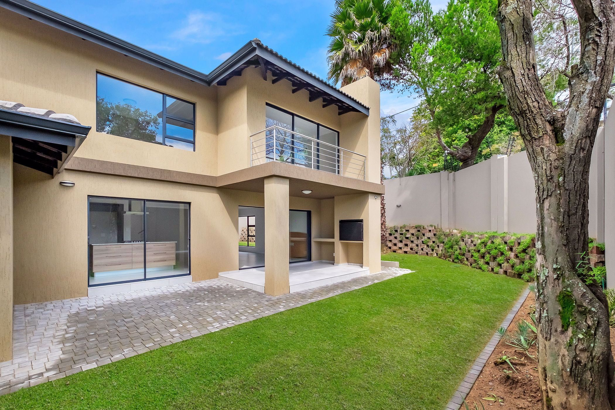 5 bedroom cluster house for sale in Rivonia