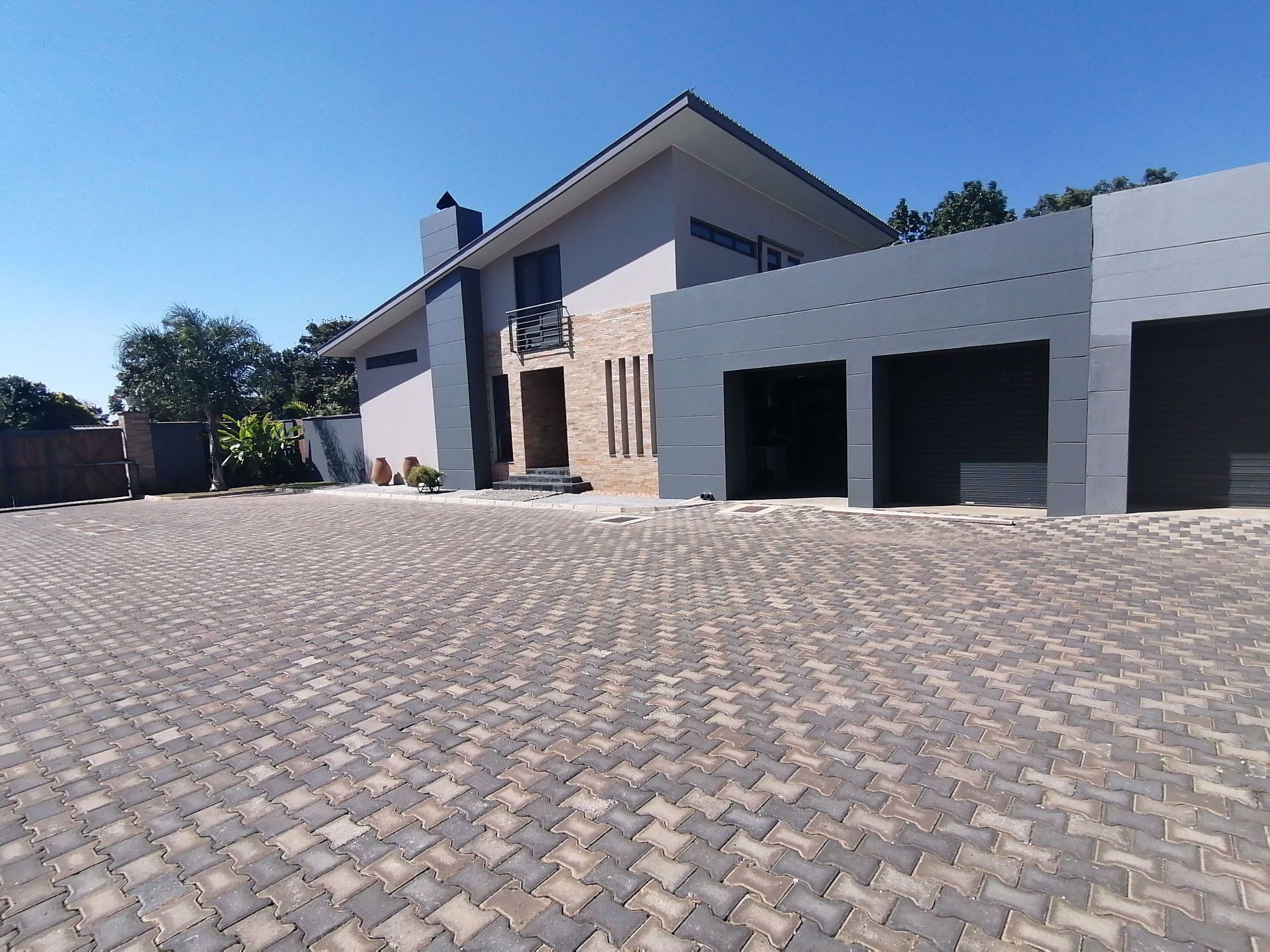 4 bedroom house to rent in Woodlands (Zambia)