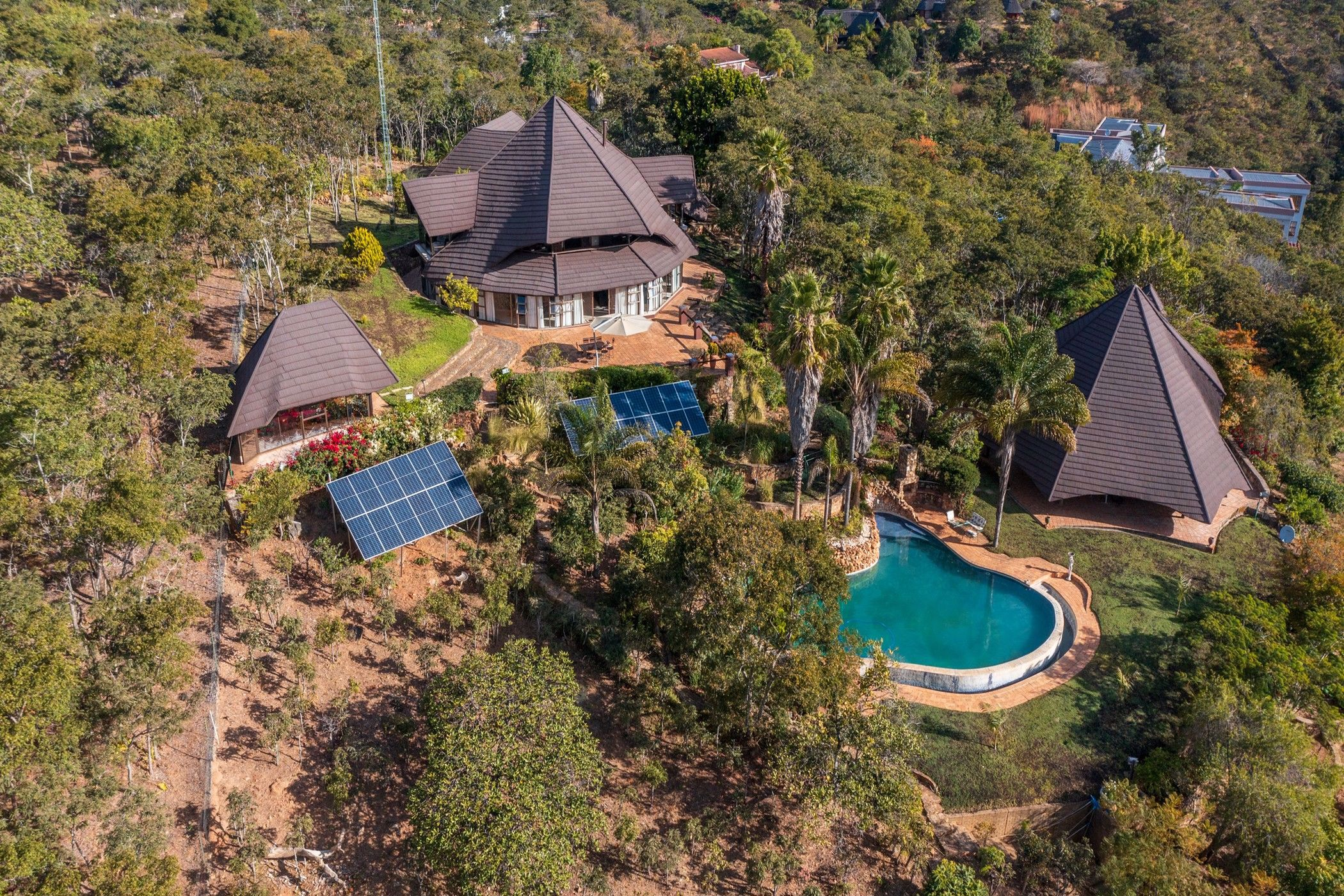 5 bedroom house for sale in Helensvale (Zimbabwe)