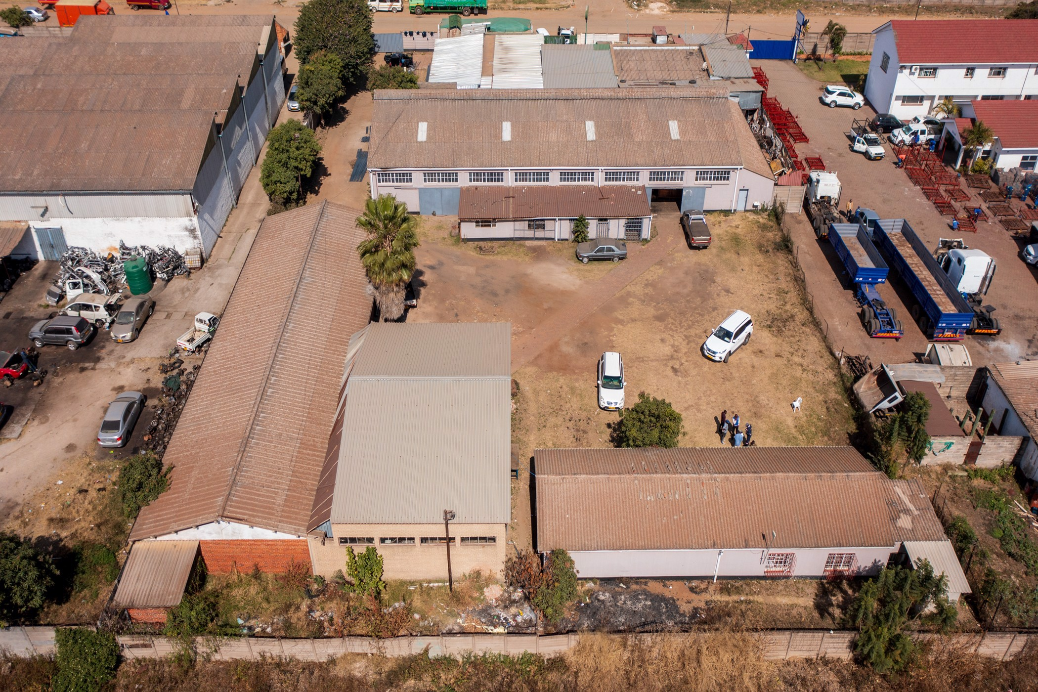 3700 m² commercial industrial property for sale in Ardbennie (Zimbabwe)