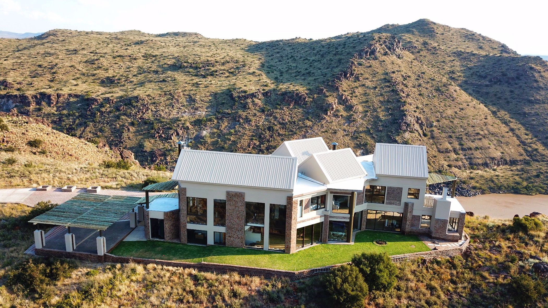 1034 hectare game farm for sale in Colesberg