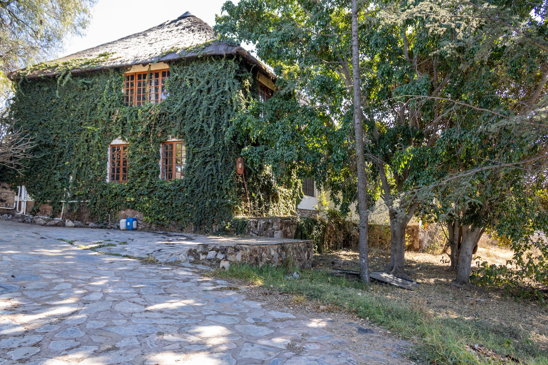 8 hectare mixed use farm for sale in Kalkheuwel