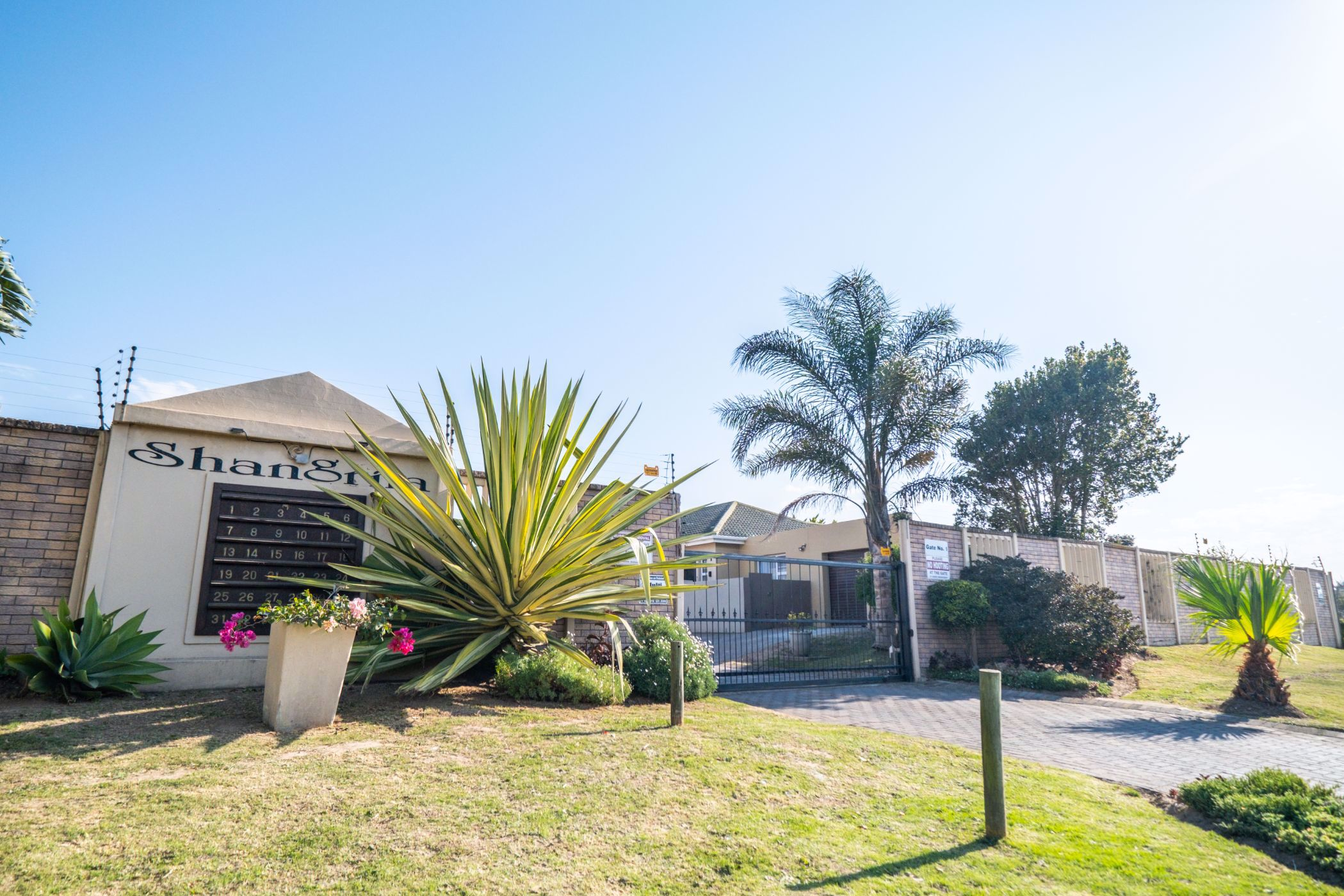 2 bedroom townhouse for sale in West Bank (Port Alfred)