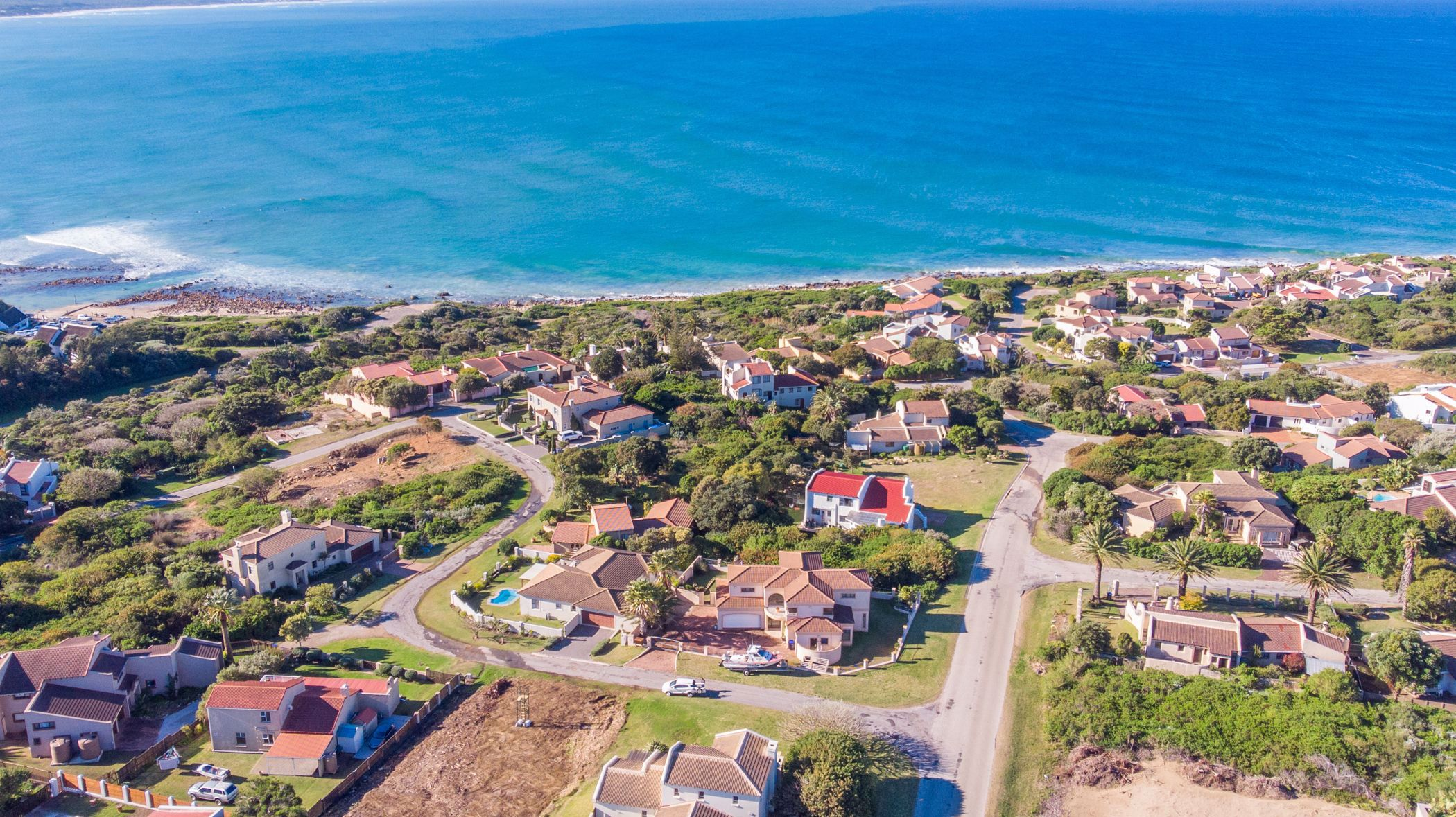 732 m² vacant land for sale in Santareme