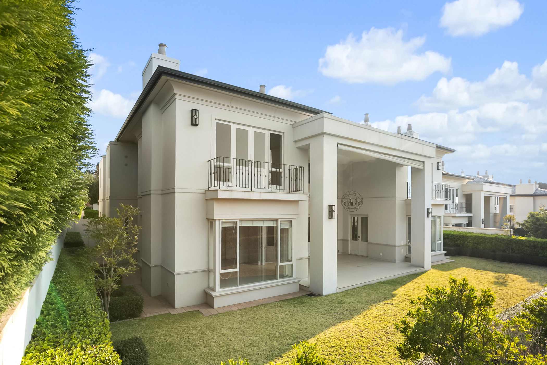 5 bedroom cluster house to rent in Hyde Park (Sandton)