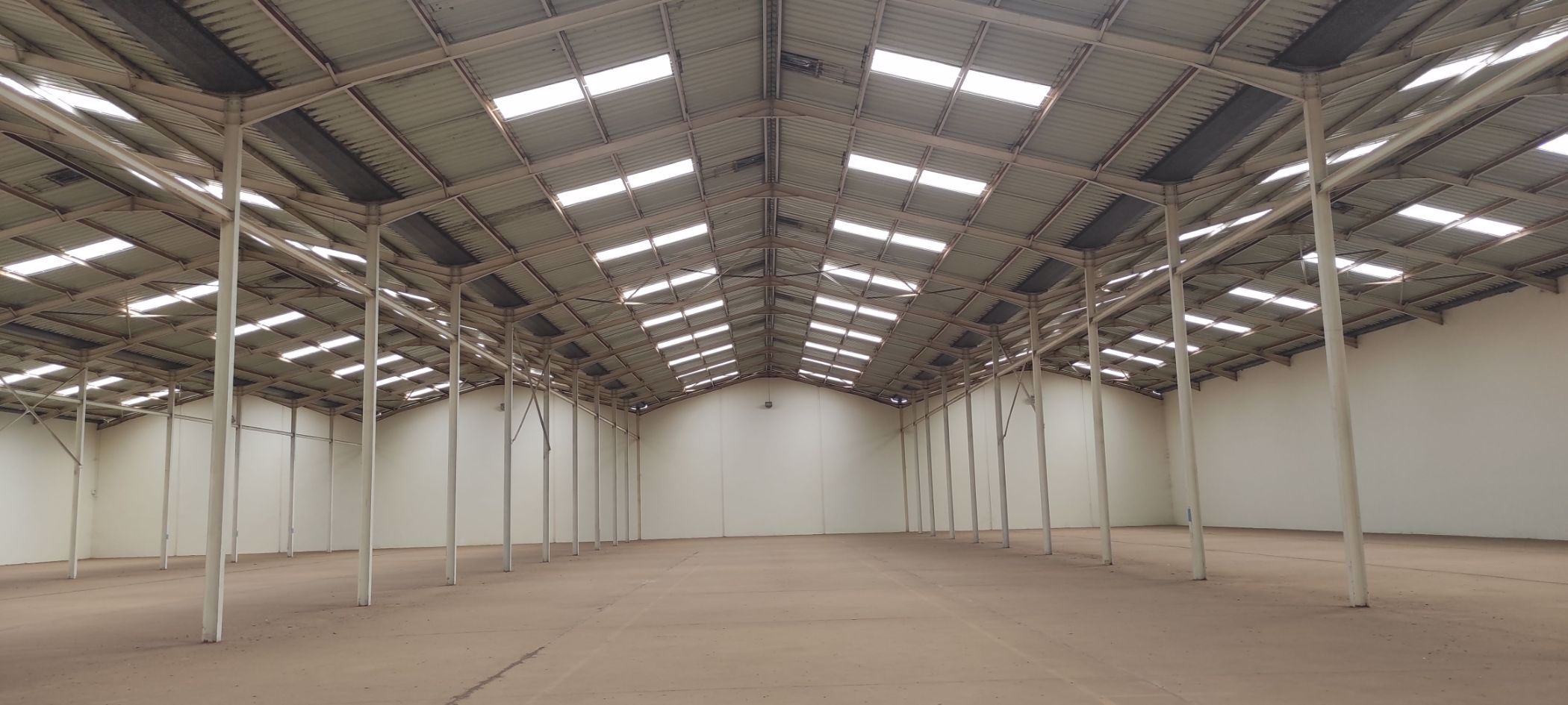 4500 m² commercial industrial property to rent in Thika Road (Kenya)