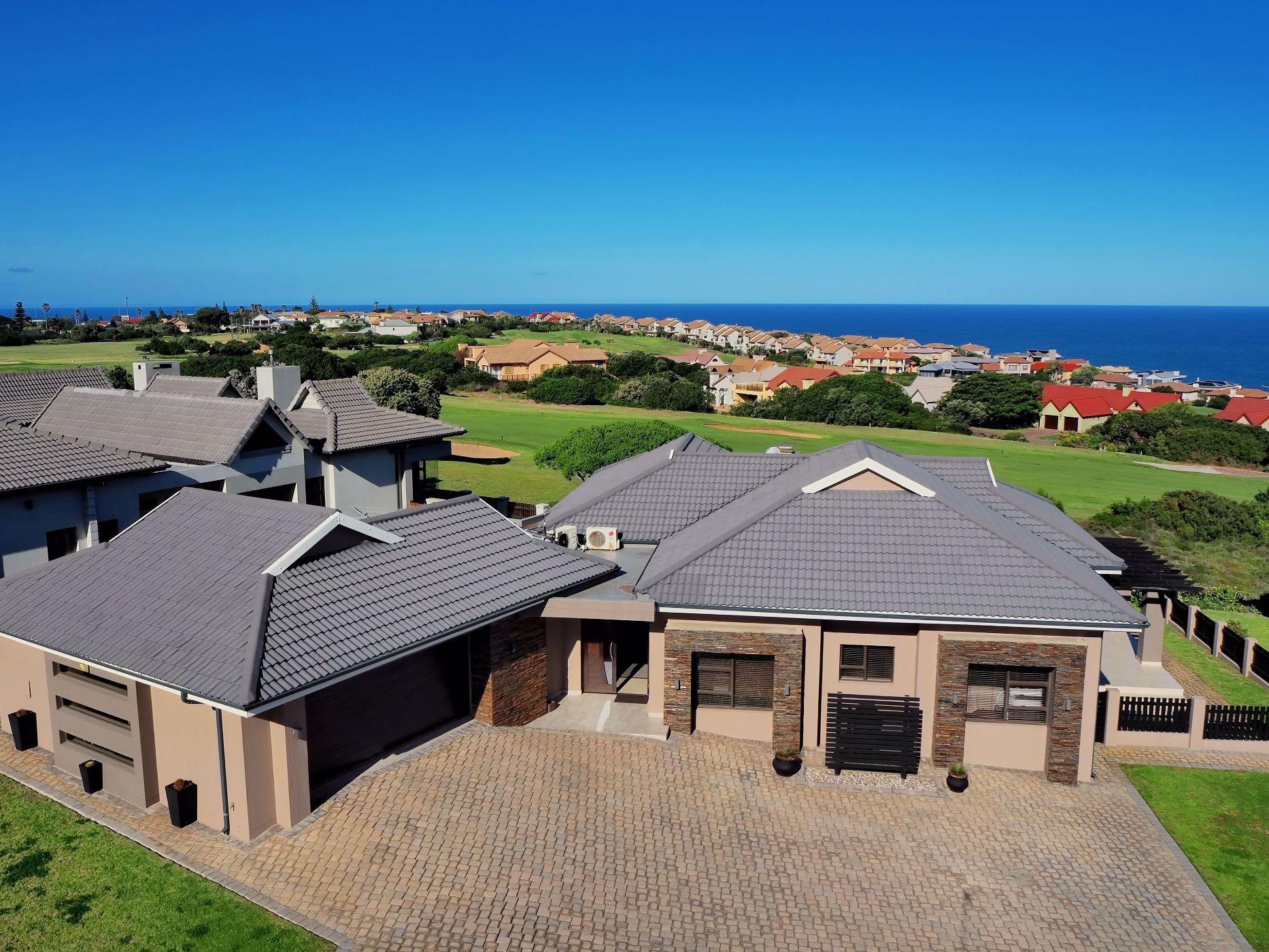 3 bedroom house for sale in Mossel Bay Golf Estate