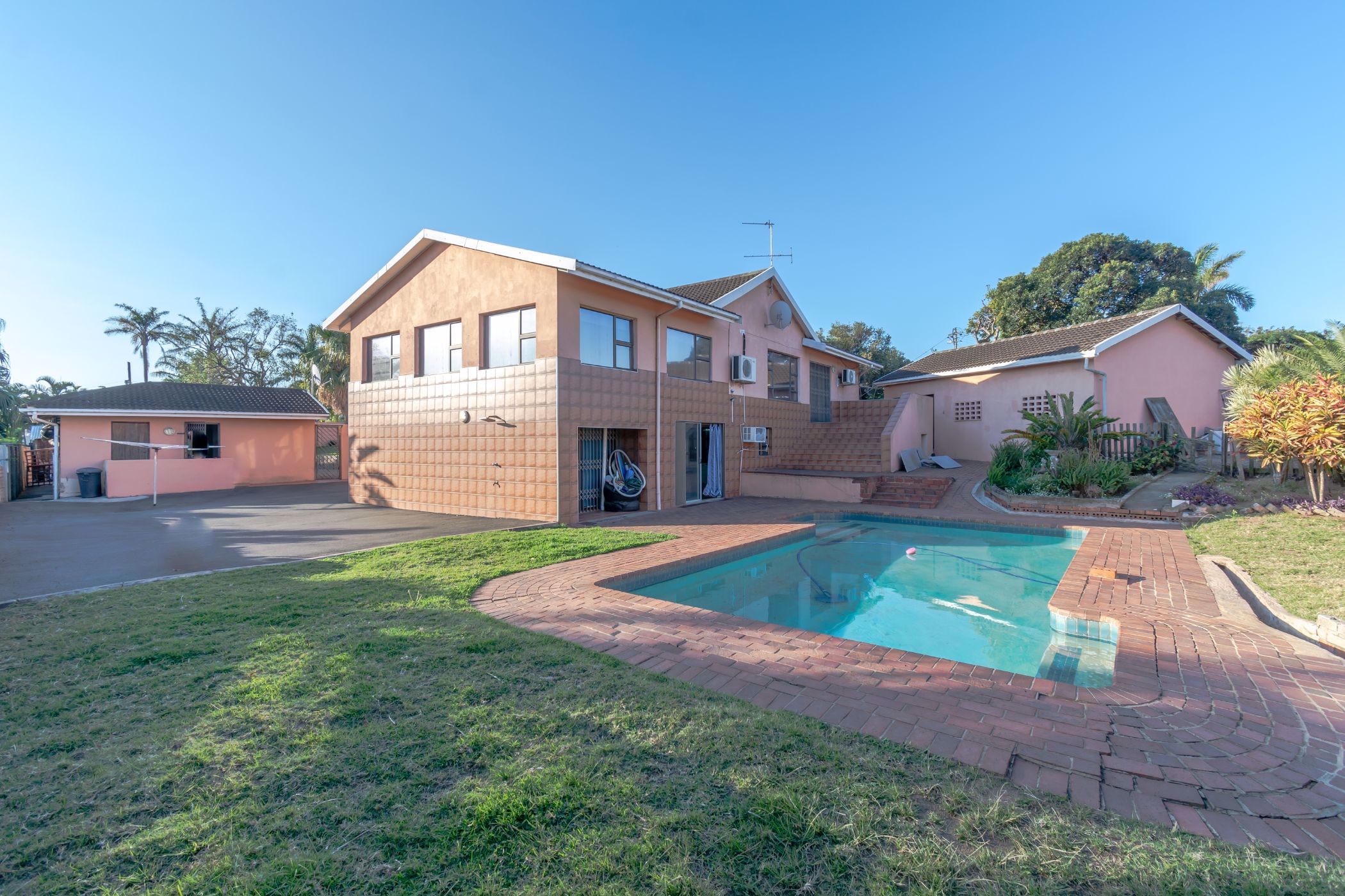 4 bedroom townhouse for sale in Riverside (Durban North)