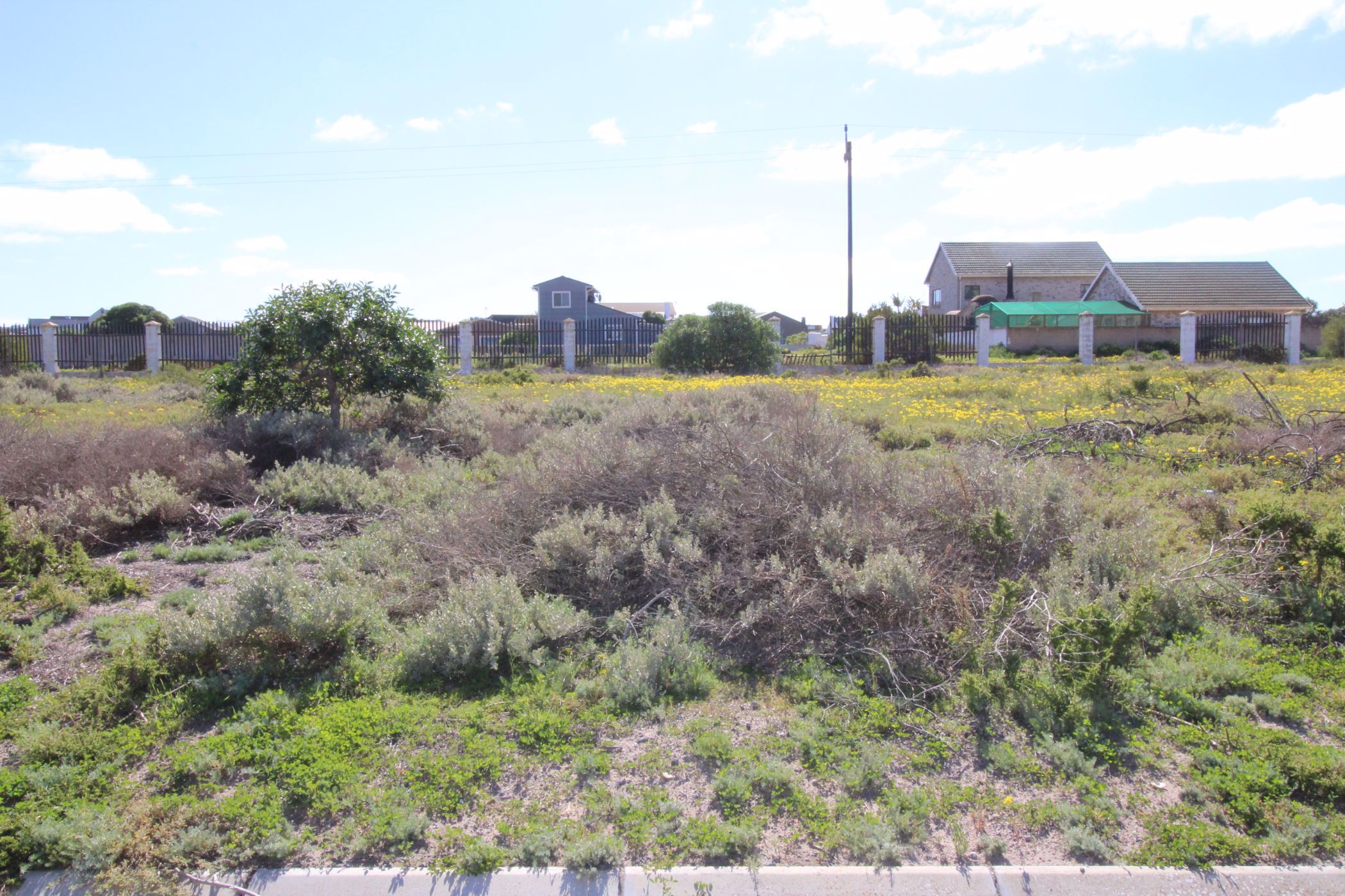560 m² vacant land for sale in Britannia Bay