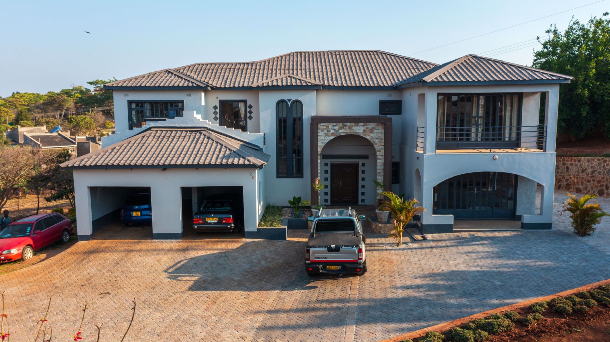 6 bedroom house for sale in Hogerty hill (Zimbabwe)