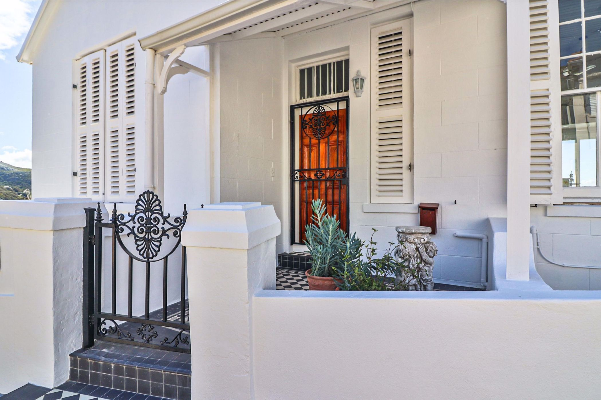 5 bedroom house for sale in Simons Town