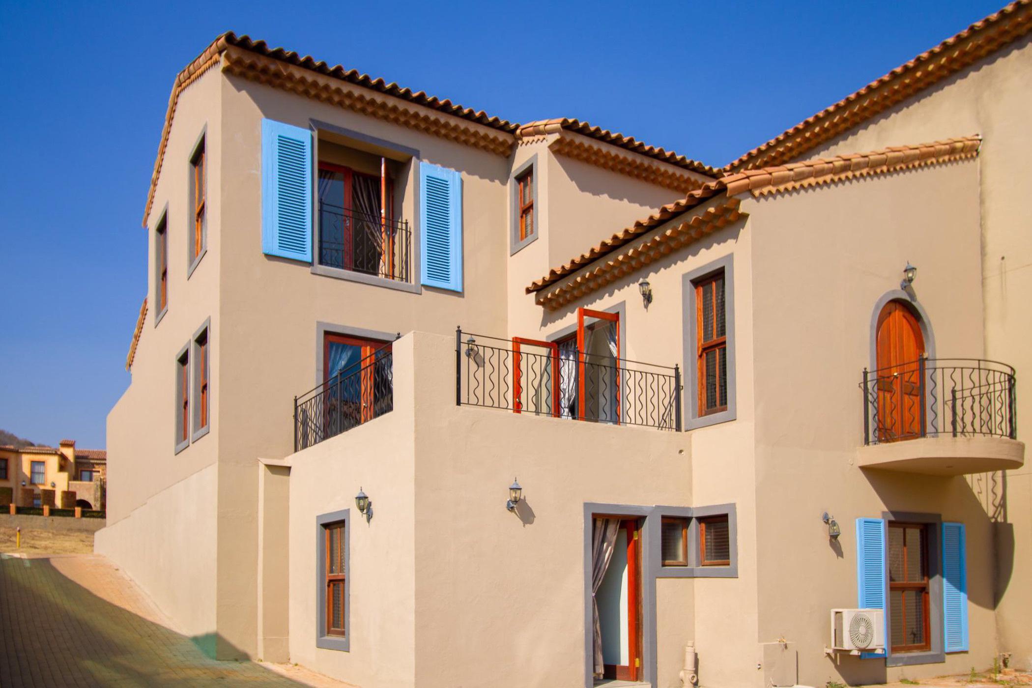 3 bedroom townhouse for sale in Estate D Afrique